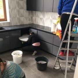 sprzątanie domów po remontach